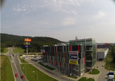 Storeland Lamač, Bratislava
